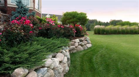 landscaping pictures lawns reder landscaping servicing midland bay city