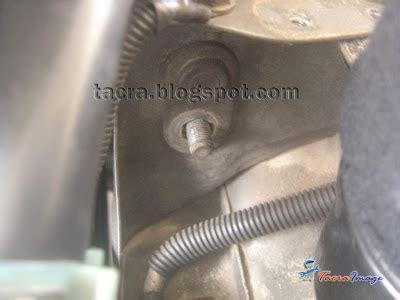 Engine Mounting No 3 Kanan Dekat Timing Belt Kia Carnival Dies tacra s diy garage lh engine mounting replacement