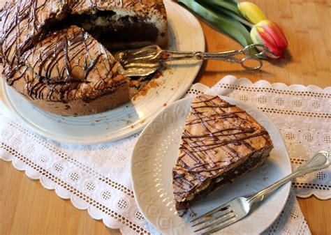 keksteig kuchen cookie kuchen kekskuchen mit fl 252 ssigem schokoladen mousse