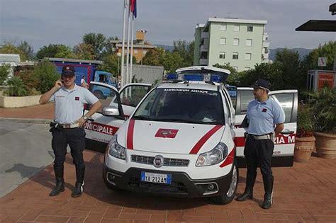 ufficio vigili urbani ogni sabato l ufficio mobile della polizia municipale in