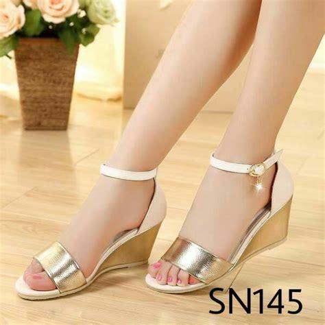 Sepatu Wedges Murah Cantik Berkualitas Sepatu Wanita Gaya Sepatu 43 sepatu wedges gold wanita sepatukugrosir