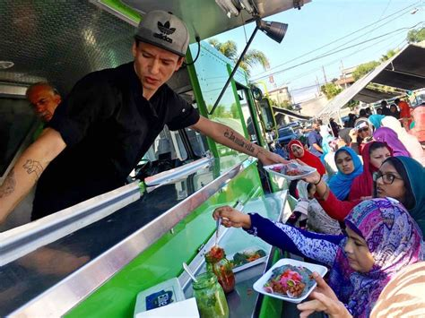 Topi Trucker Every Day Im Muslim 3 building a muslim coalition with tacotrucksateverymosque bay area bites kqed food