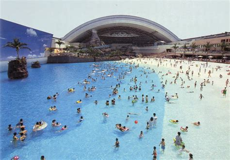 largest beach in the world world biggest indoor beach avoidthebore