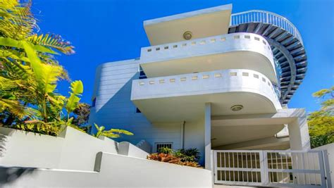 Art Deco Balcony by Queensland S Art Deco Homes Appeal To Many