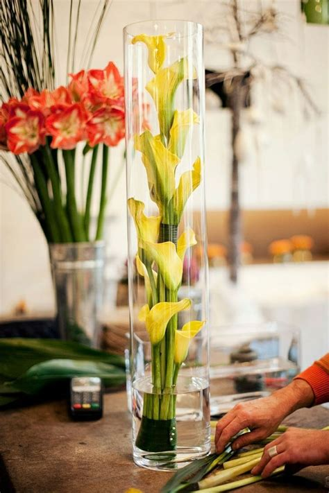 Flowers Inside Glass Vase by 43 Best Images About Vase Filler Ideas On Glass Vase Large Vases And Centerpieces