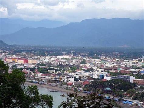 padang  biggest city  sumatra western coast