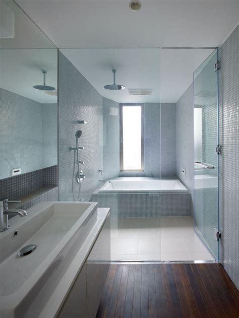 bagni contemporanei bagno con pavimenti e rivestimenti in mosaico 100 idee