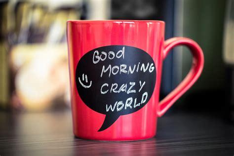 diy chalkboard coffee mug diy gift make chalkboard mugs for the holidays