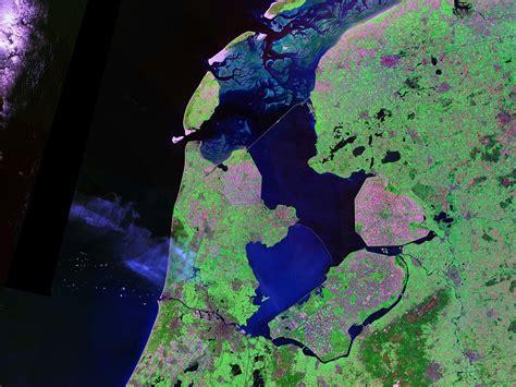 netherlands map reclaimed land ijsselmeer