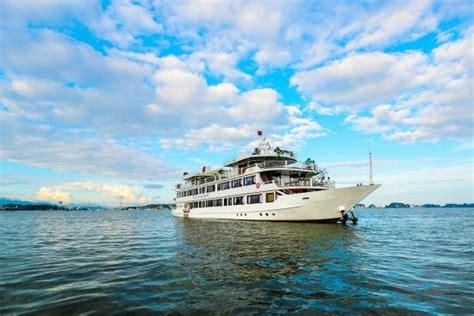 silversea cruise reviews tripadvisor silversea cruise halong day cruise halong bay vietnam