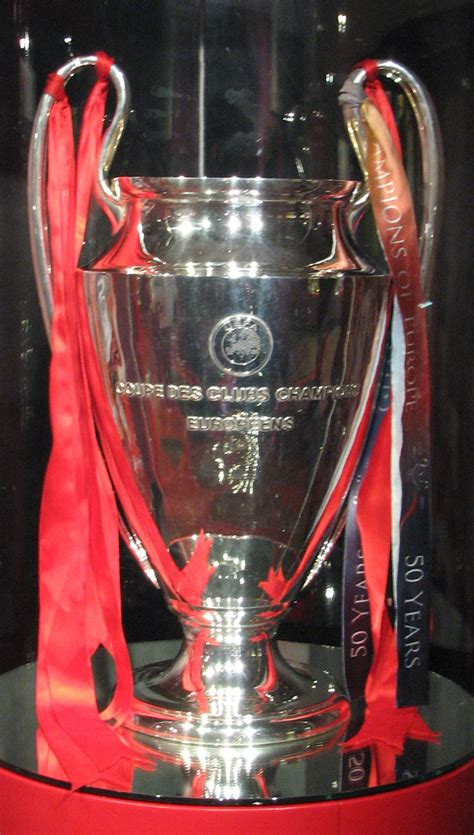 european cup and uefa chions league records and file uefa chions league original trophy 1995 2005 jpg