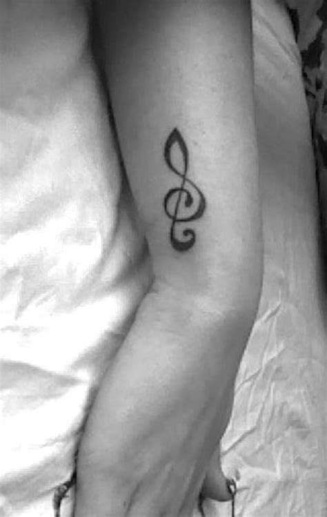tattoo on the side of your arm 25 treble clef tattoo images pictures and photos ideas