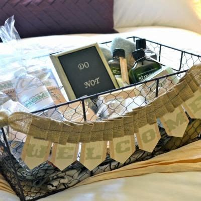 gifts for rooms 17 best ideas about house guest gifts on guest