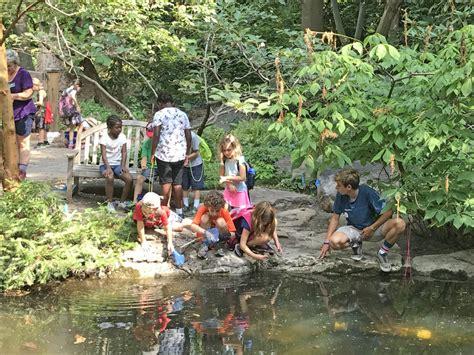 Botanical Gardens Volunteer From Cer To Summer C Volunteer At Lewis Ginter