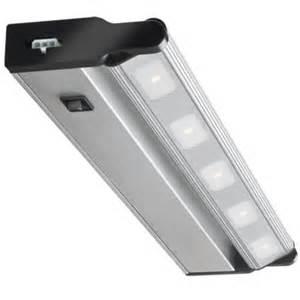 cabinet lighting menards 18 in 3000k bronze cabinet light at menards 174