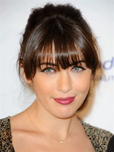 hairstyles for sharp jaw line women with square jaw line short hairstyle 2013