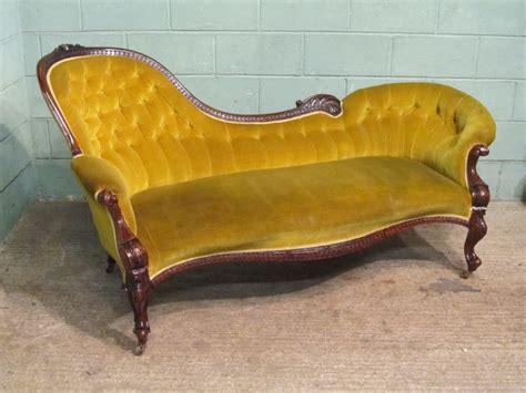 antique chaise longue antique victorian walnut chaise longue c1890 298310