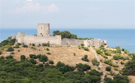 Sw Castle file platamon castle from sw jpg wikimedia commons