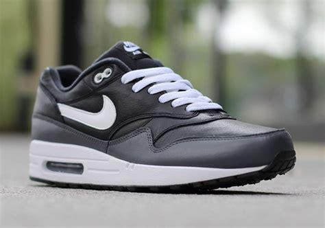Nike Airmax One Black White nike air max 1 black white grey sneakernews