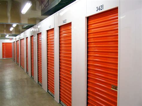 storage locker units file public storage doors jpg wikipedia