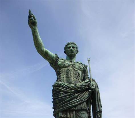 Julius Caesar Mba Leadership by 8 Leadership Lessons You Can Learn From Julius Caesar