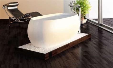 baignoire ilot lumineuse peut on avoir un endroit exotique dans une habitation