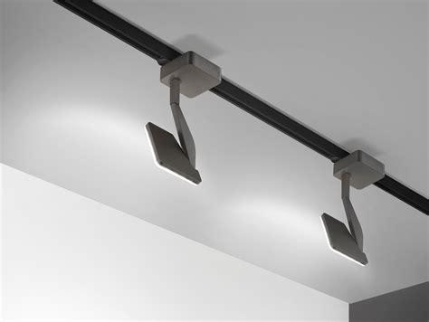 illuminazione su binario faretti su binario ispirazione design casa