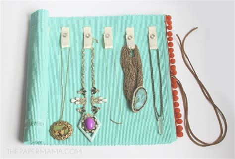 Diy Jewelry Roll Made From A Placemat
