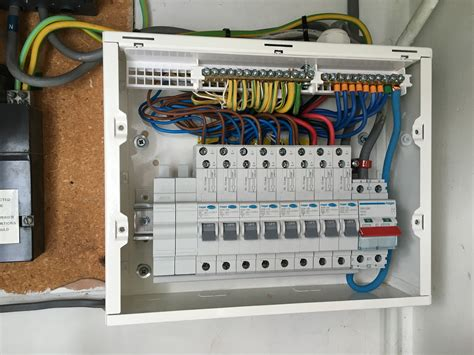 hager design 30 consumer unit 10 way rcbo board