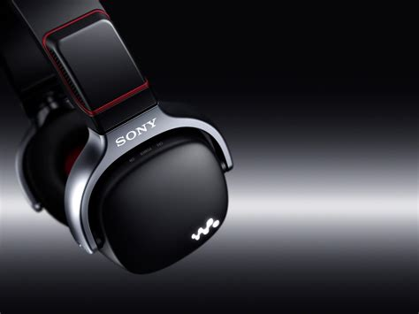 Earphone Sony Walkman mono and stereo high end audio magazine sony new walkman wh headphones