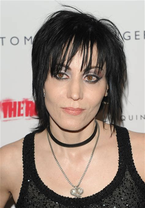 1980s shag hairstyle 1980 joan jett shag hairstyle hairstylegalleries com