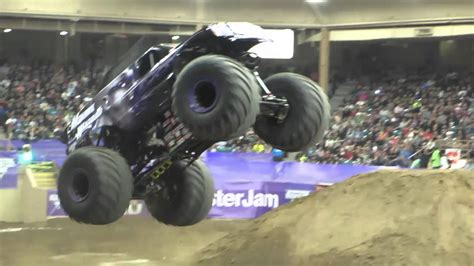 monster truck show albuquerque monster jam albuquerque nm saturday 2 15 2014 youtube