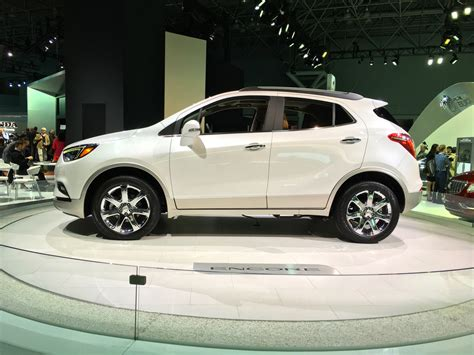 buick encore v6 2016 nyias 2017 buick encore gets updated styling new