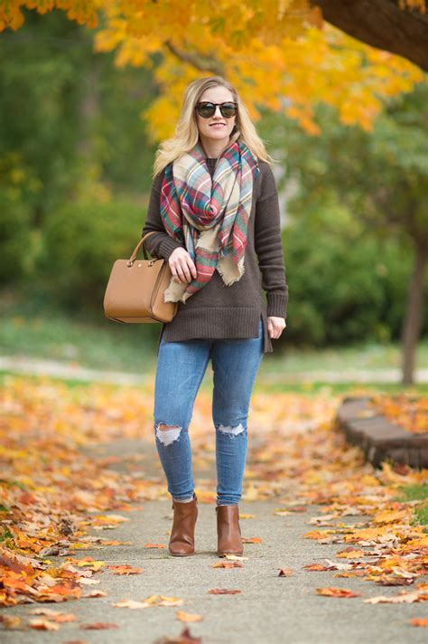 7 Scarf Styles For Fall by Ilymix Blanket Scarf And The Colors Of Fall The Blue