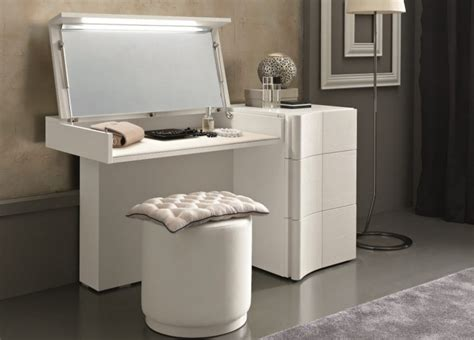 Bedroom Vanity White by Bedroom Furniture White Makeup Vanity Vanity Table And