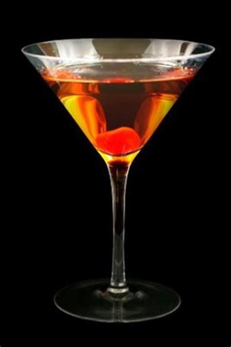 martini manhattan manhattan cocktail recipe dishmaps