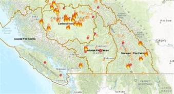 wildfire map canada canadian wildfire smoke begins to cross the border
