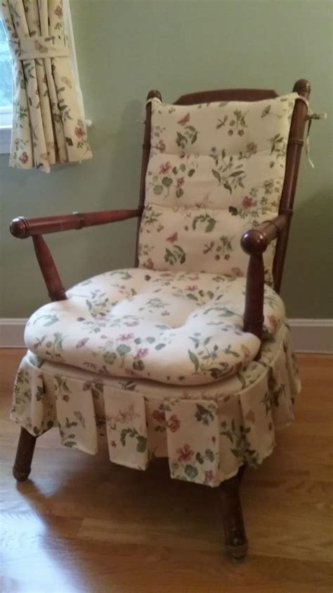 How Reupholster Dining Room Chairs