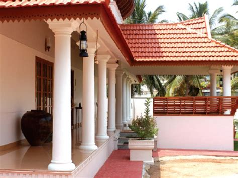 Kerala Home Design Veranda | beautiful traditional nalukettu model kerala house plan