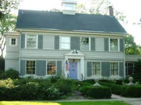 Colonial Style House Plans by Vintage Paint Colors Paint