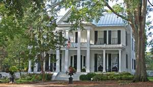 Southern lagniappe the historic houses of canton