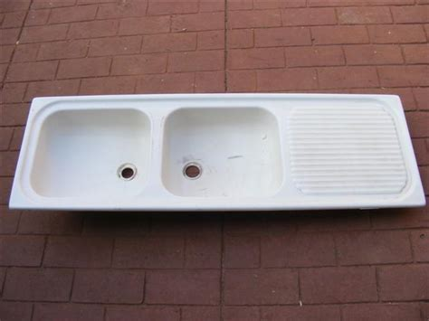 Kitchen Sink With Drying Rack Sinks Taps Fibreglass Kitchen Sink With Drying Rack Area Was Sold For R1 00 On 15 Aug