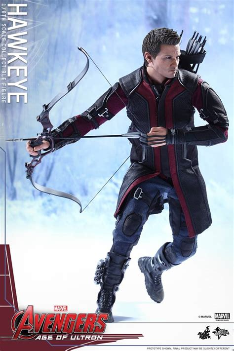 film marvel hawkeye hot toys hawkeye age of ultron figure up for order