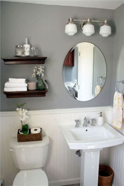 Decor For A Small Bathroom by 17 Awesome Small Bathroom Decorating Ideas Futurist