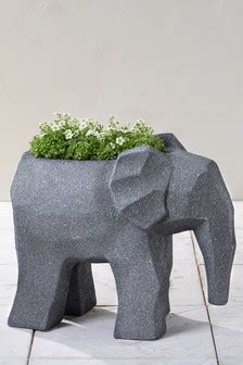 planters pots sculptures garden planters pots  uk