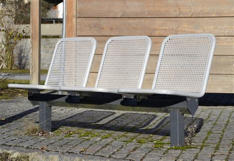 file outdoor seating row 2012 jpg wikimedia commons