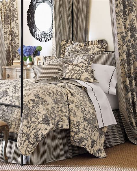 toile quilts and comforters pinterest discover and save creative ideas