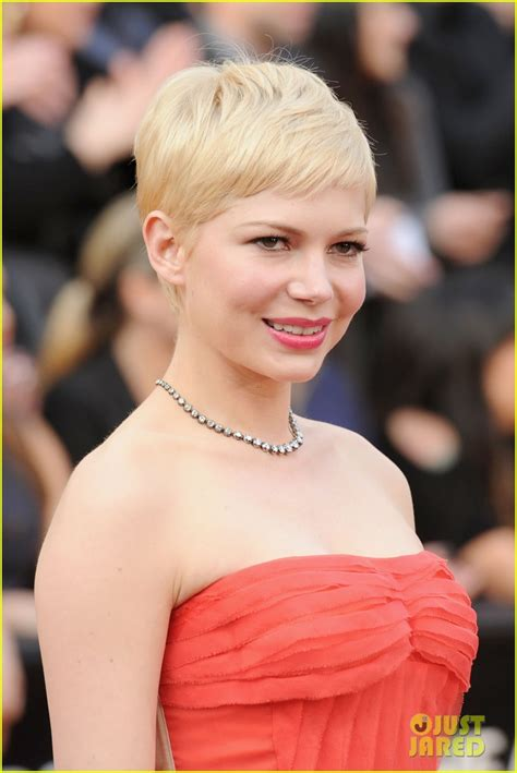 Michelle Williams   Oscars 2012 Red Carpet: Photo 2633452