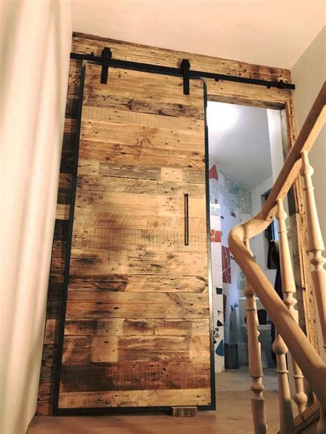 Wood Pallets Wall Art And Sliding Door for Bathroom   Wood