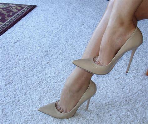 high heels toe cleavage pumps toe cleavage 4 toe cleavage